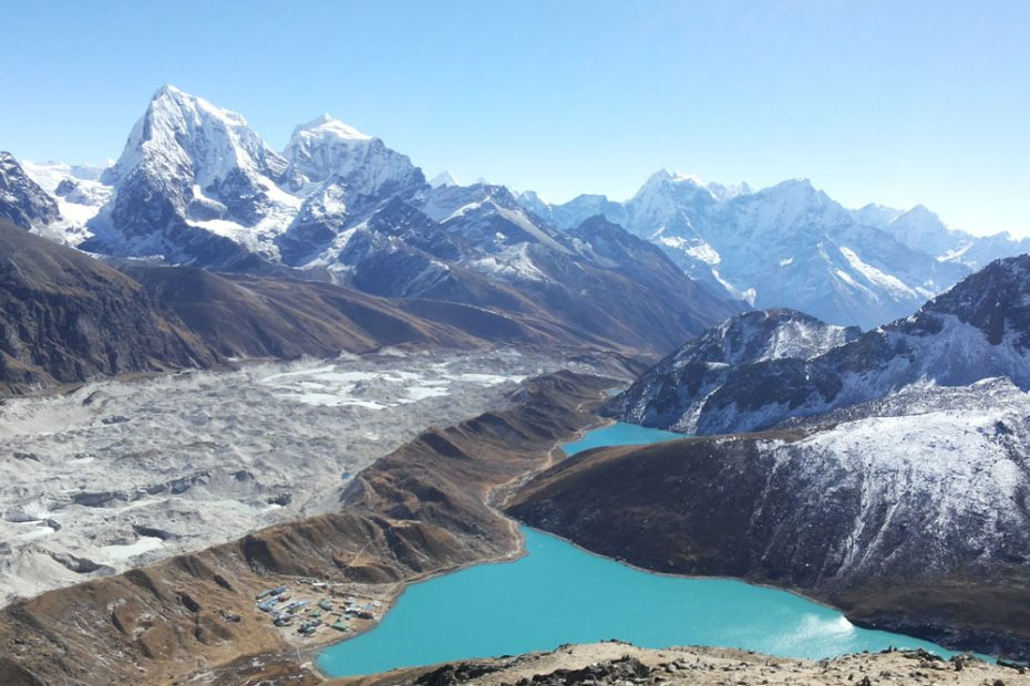 gokyo treks and expedition