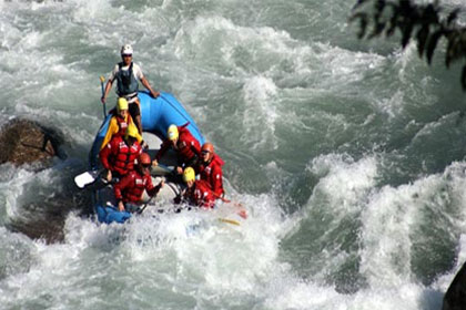 Rafting In Tamor River Photo